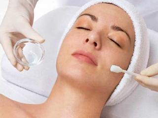 Tratamientos de belleza faciales para pieles delicadas